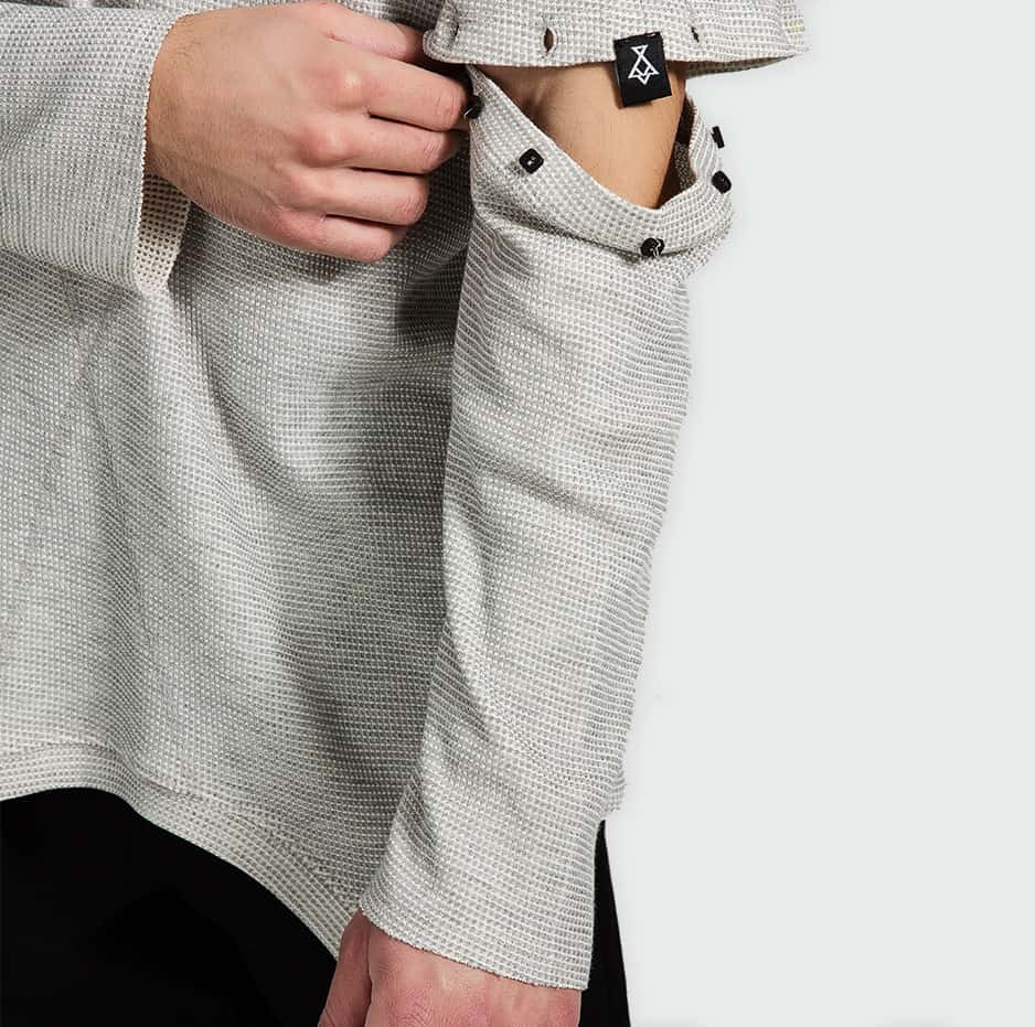 Τ-shirt with removable sleeves