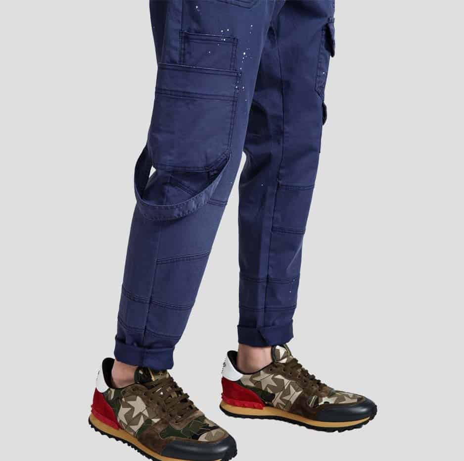 Blue pants with pockets and paint splashes