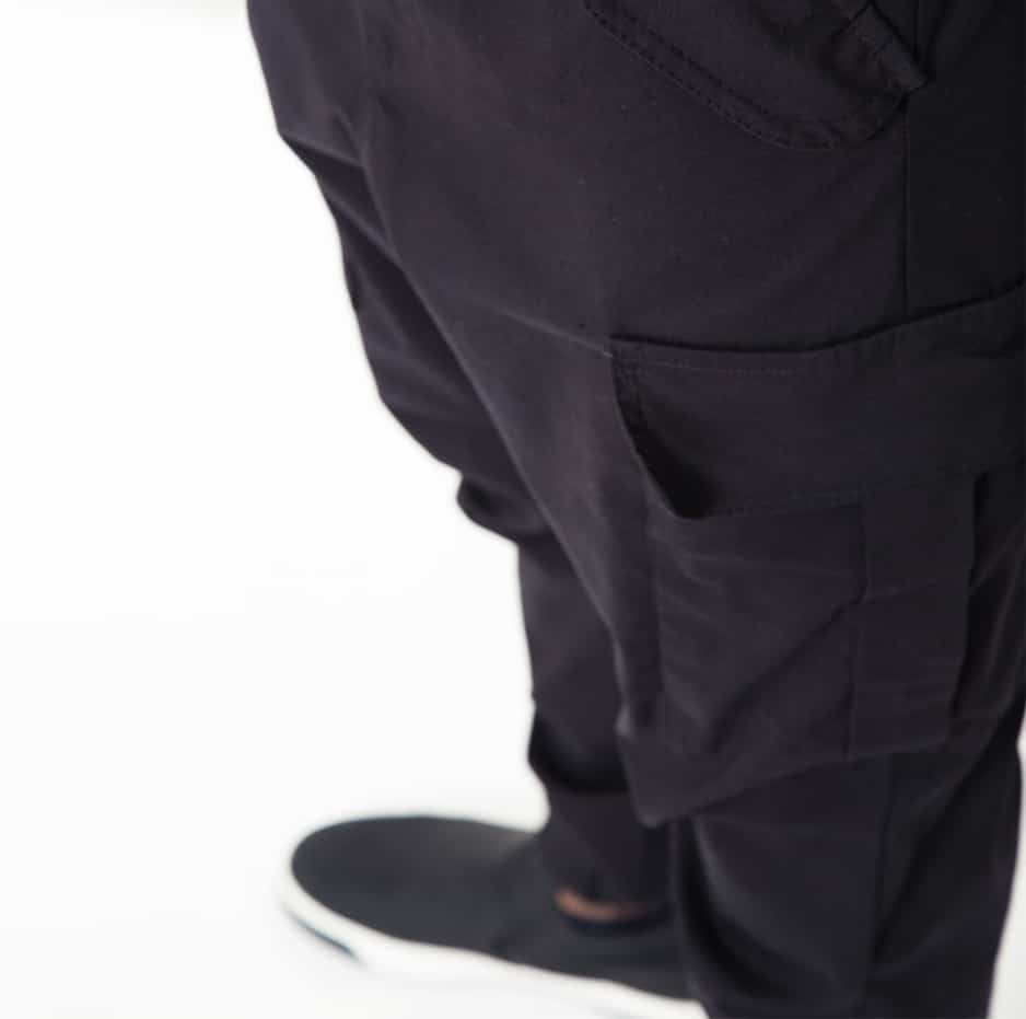 Black biker pants with large pockets_zoom