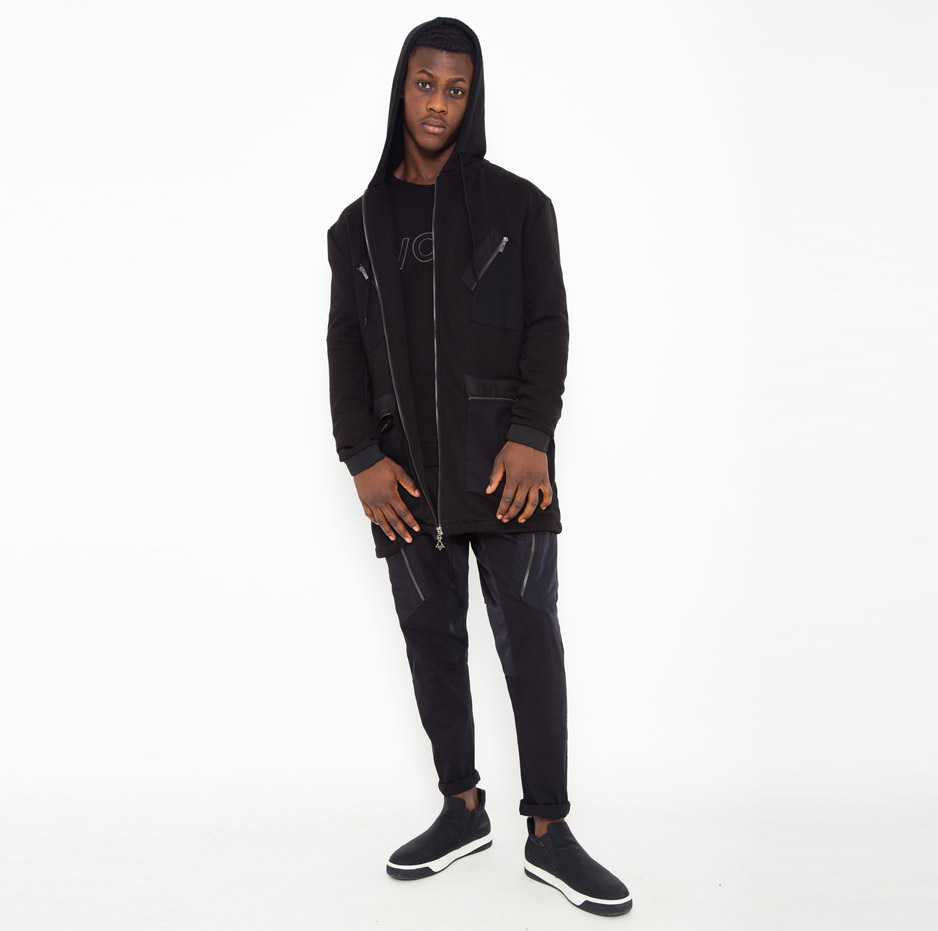 Black jacket with contrasting hood_total_front2