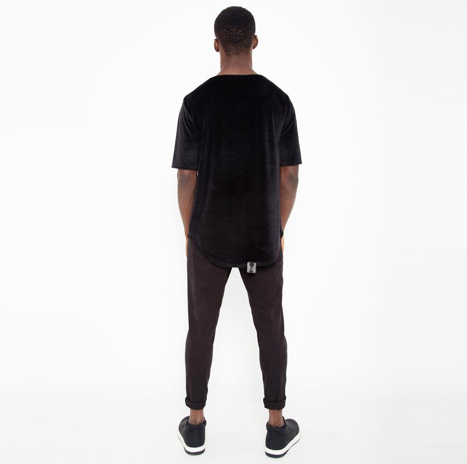 Black velvet t-shirt_back_total