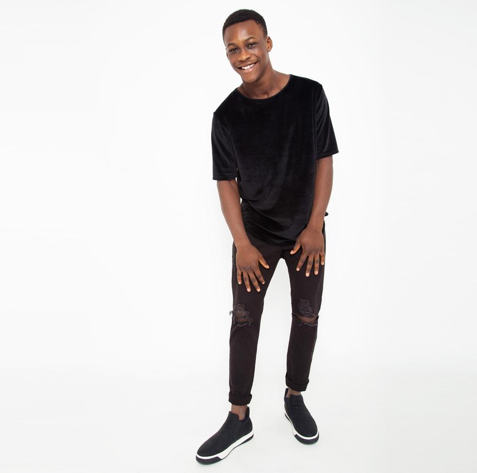 Black velvet t-shirt_front