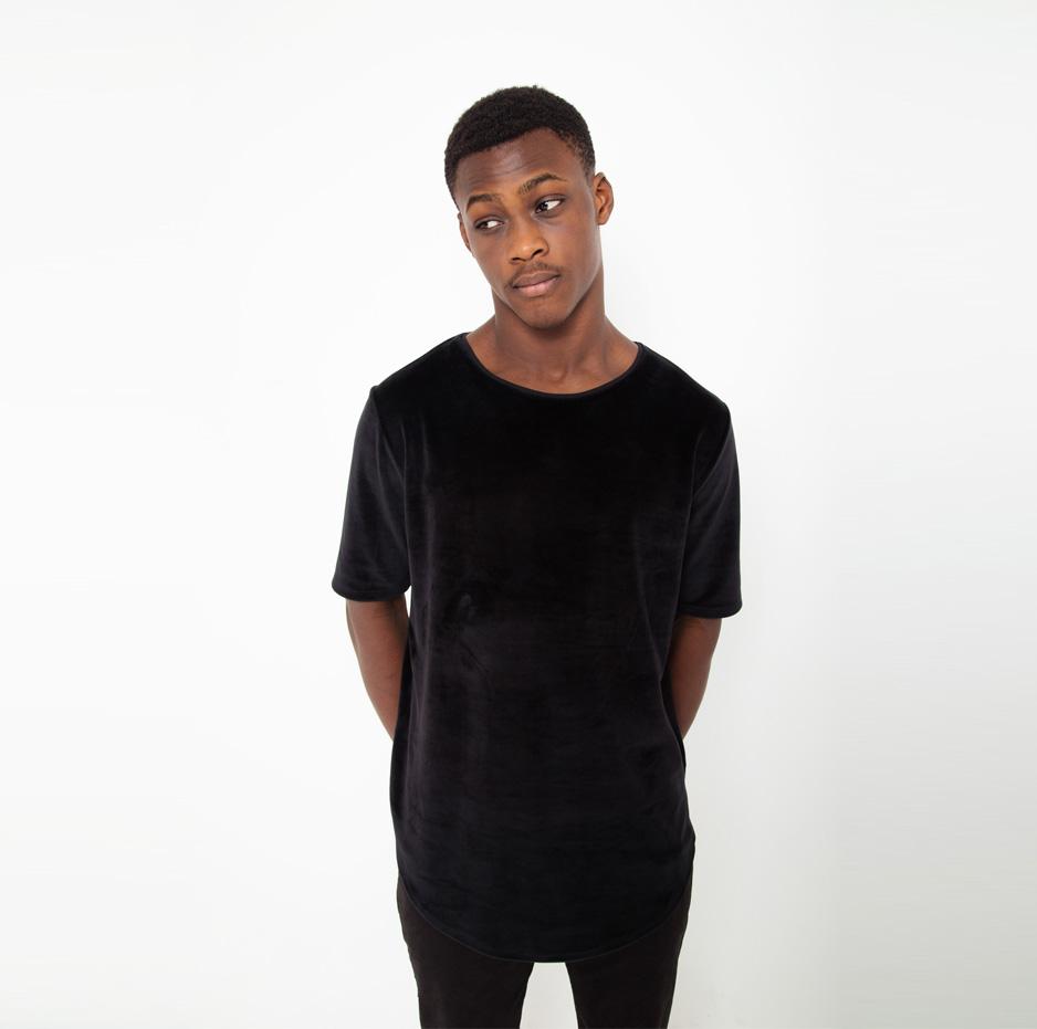 Black velvet t-shirt_thumbnail