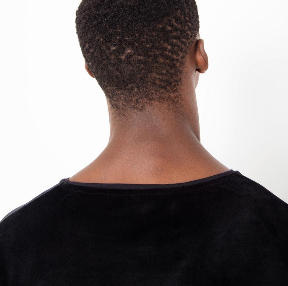 Black velvet t-shirt_zoom_back