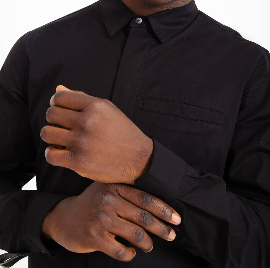 Black shirt with side zip_zoom