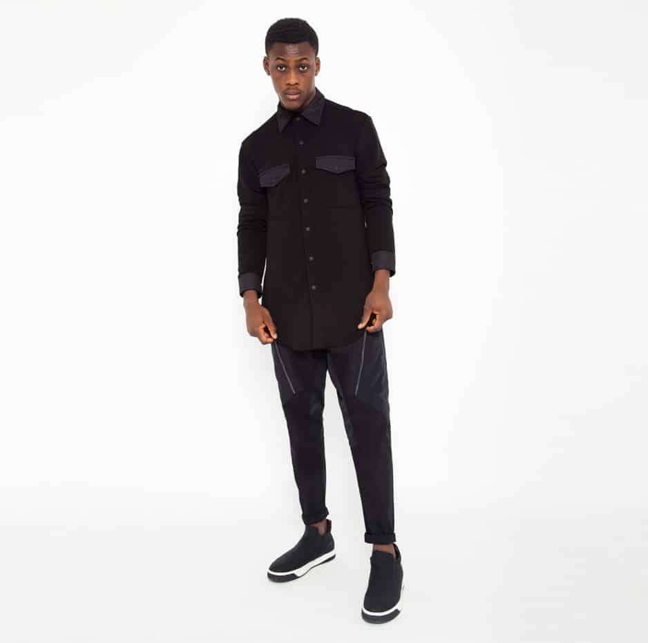 Black sweatershirt_total
