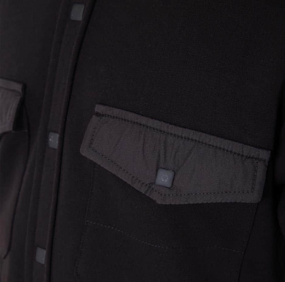 Black sweatershirt_zoom2