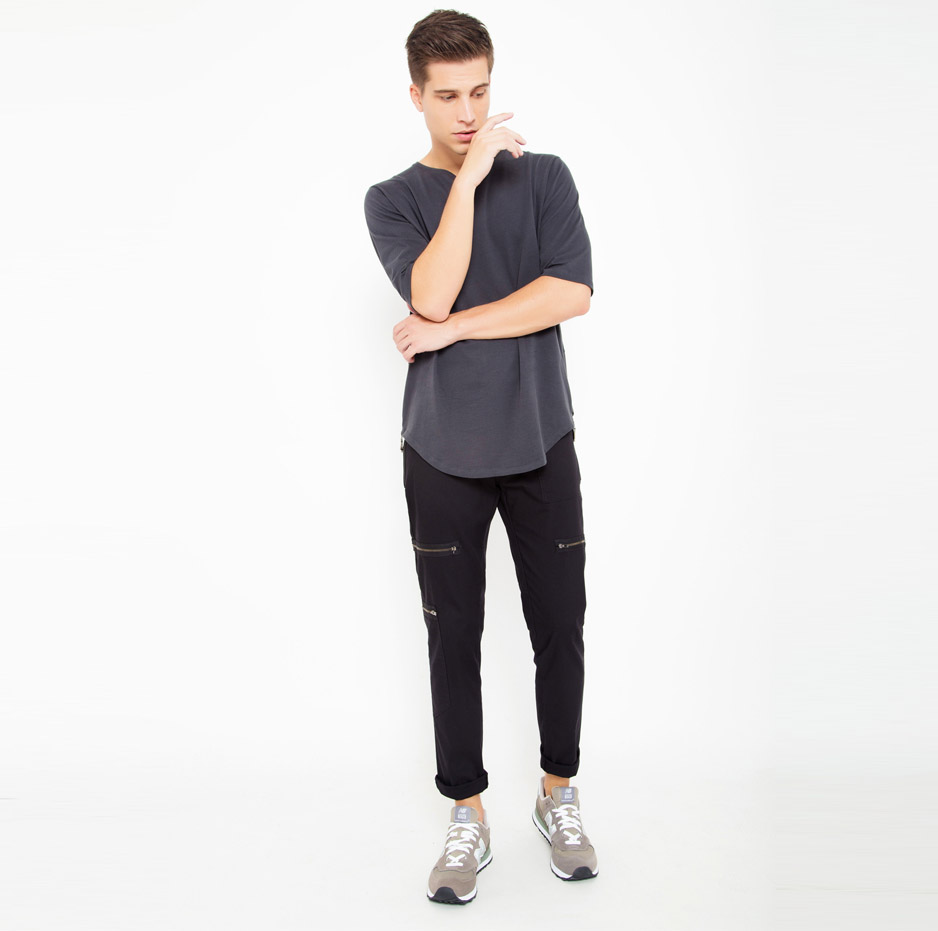 Black trousers with pockets_total