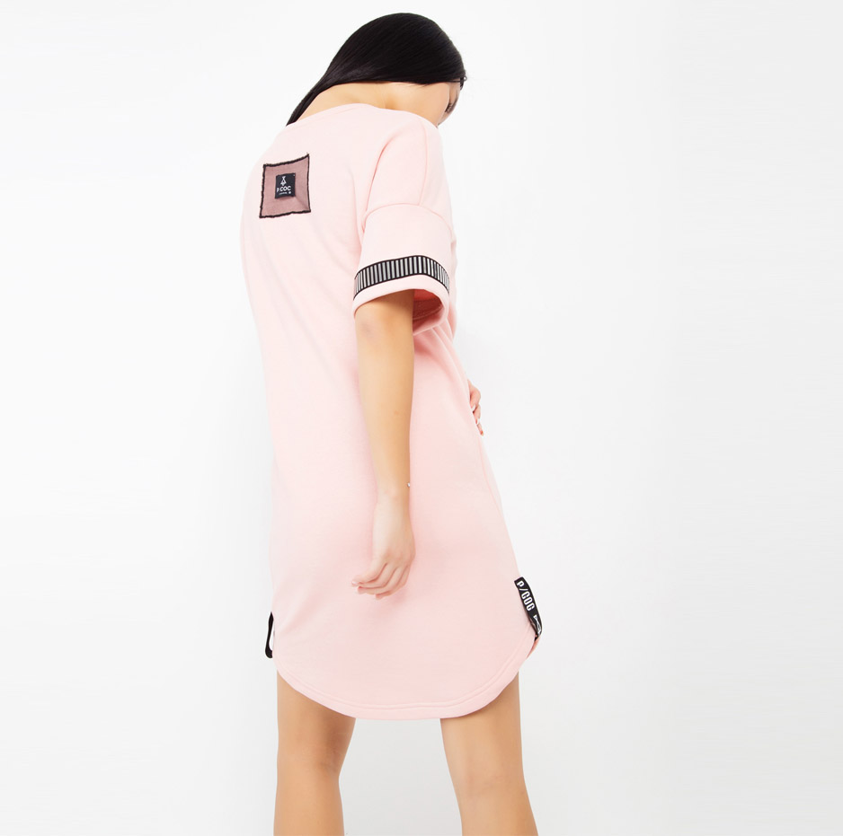 Pink dress with details on sleeves_back