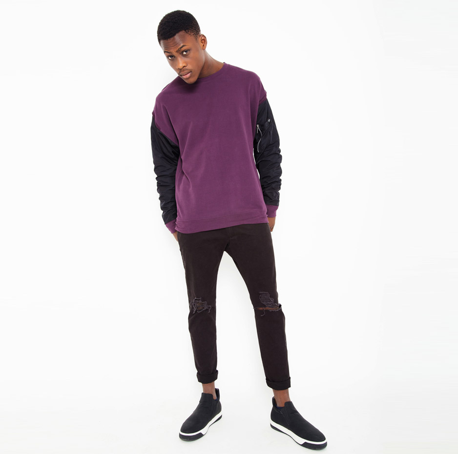 Sweater with oversized sleeves_total_front