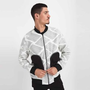 Bomber jacket with large pockets_front