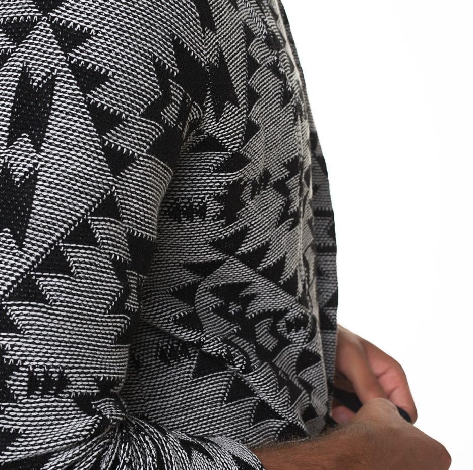 Jakar kimono with geometric designs