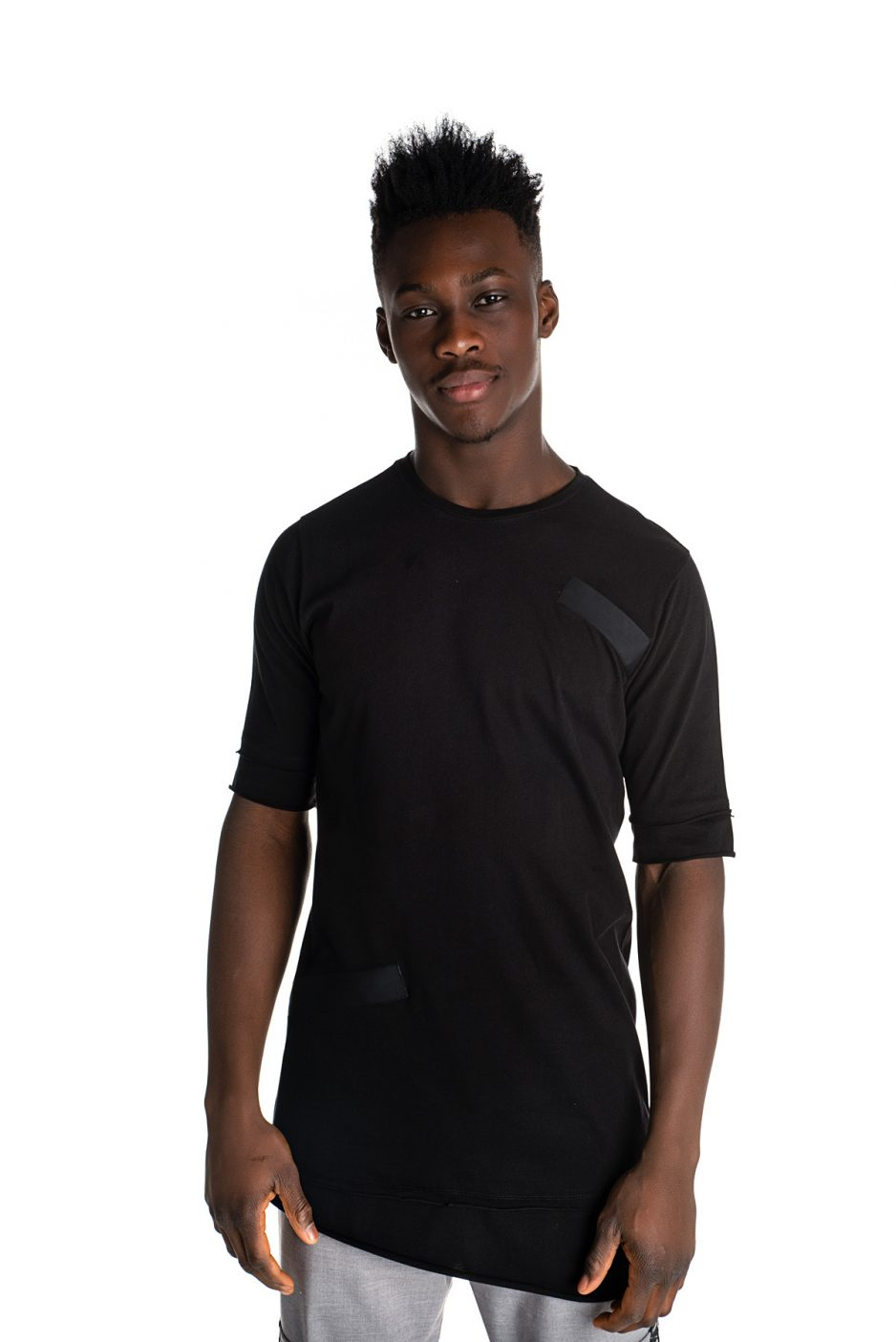 Long asymmetric t-shirt with tapes